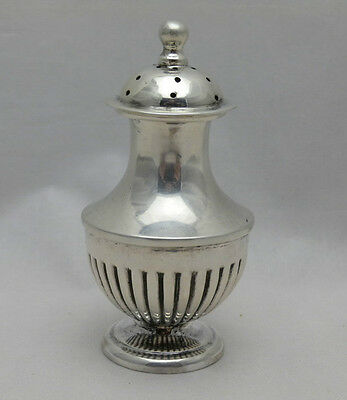 Georgian Style Antique Solid Silver Pepperette Pepper London 1913 Goldsmiths