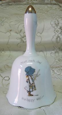 VINTAGE HOLLY HOBBIE 16cm BELL START EACH DAY IN A HAPPY WAY
