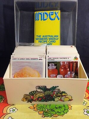 Vintage 1975 WOMEN'S WEEKLY RECIPE CARD LIBRARY In Retro Box, Complete Set VGC