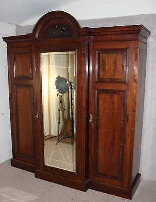 Quality Victorian Mahogany 3 Door Mirrored Compactum Wardrobe with Good Interior