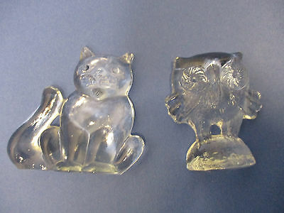 2 vintage Kosta Boda zoo series paper weights- owl and cat