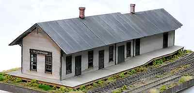 Building & Structure Co S Scale South Londonderry Station   Craftsman Kit 4099S