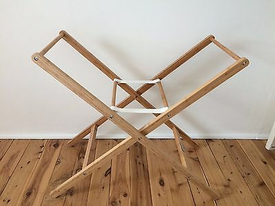 Baby bassinet/moses basket stand by Born with Style brand new never used