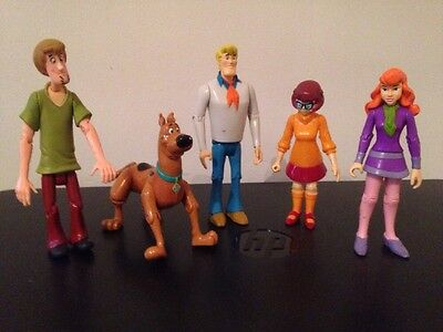 Scooby Doo Poseable Figures, Velma, Daphne, Fred, Shaggy - Mystery Incorporated