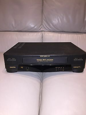 Sanyo Video player VHR -390 Fully Working