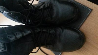 Magnum British Army Boots Size 9