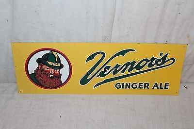 "Vintage c.1960 Vernor's Ginger Ale Soda Pop 18"" Metal Sign~Nice Condition"