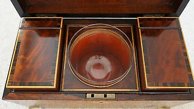 STUNNING ANTIQUE 1770s MAHOGANY & ROSEWOOD TEA CADDY WITH ORIGINAL GLASS BOWL