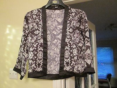Girls Jacket By River Island 10 Years Blk/white/grey Edge To Edge Silky Look Vgc