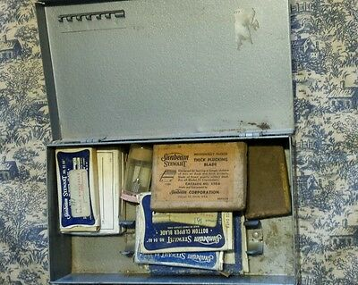 Vtg Metal Syringe Veterinary Medicine Box W/various Nib Sunbeam Clipper Blades