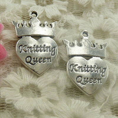 40 pieces Antique silver crown heart Knitting Queen charms 26x17mm H-4798