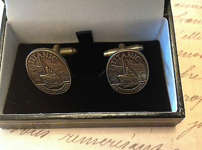 Titanic Cufflinks In A Box Collectable  White Star Line