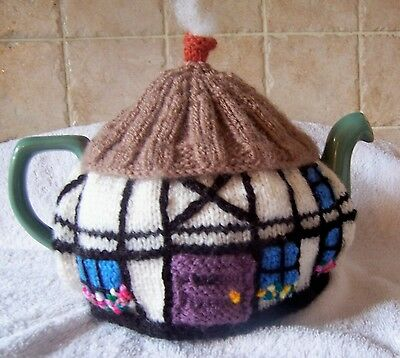 Hand Knitted CottageTea Cosy