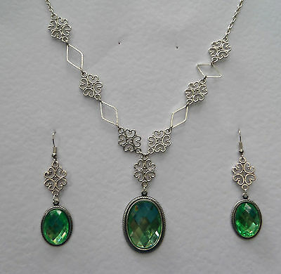 Lacy Filigree Victorian Stl Apple Green Acryl Crystal Dark Silver P Necklace Set