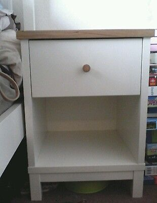 Solid wood bed side cabinet PICK UP