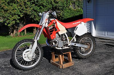2001 Honda CR  2001 Honda CR500R, never wiped out or crashed