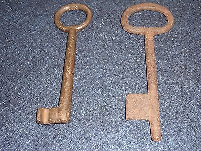 Lot Of 2 Antique Skeleton Keys