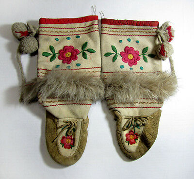 Vtg ATHABASKAN SMOKED TANNED MOOSE HIDE EMBROIDERED MOCCASINS