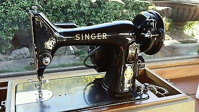 Antique singer sewing machine (Electric with peddle)