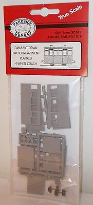 Parkside Dundas 009 DM68 - 4-Wheel Two Compartment Planked Coach Kit - New (009)