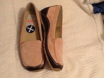 shoes size 5 brown leather and pink suede