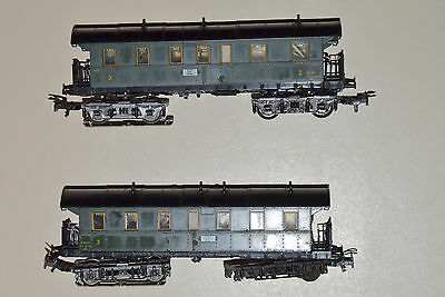 Marklin HO 1980's Two Coaches with Working Lighting
