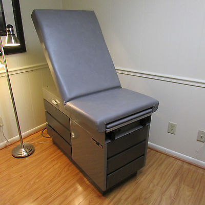 Ritter 104 Medical Exam Table