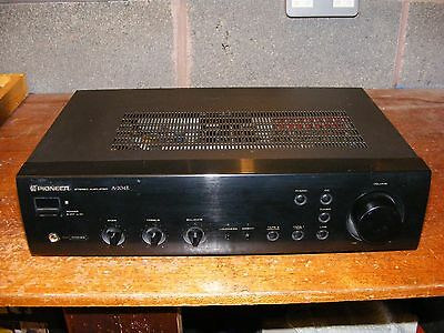 Pioneer A-204R Stereo Integrated Amplifier with RIAA Phono Input