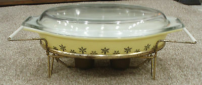Vintage Snowflake Pyrex Dish With Stand And Warmer