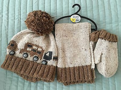 NEXT Boys 5-6 Years Hat, Mitten & Scarf Set Lovely Gift