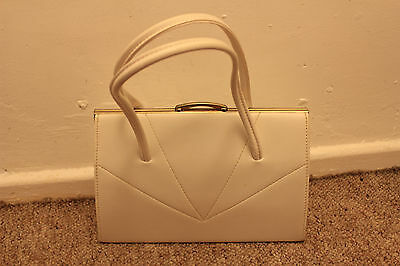 Original 1940s 1950s clasp top leather handbag white beautiful great condition