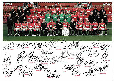 Manchester United - Premier League Football Team Signed Photograph 2011/2012