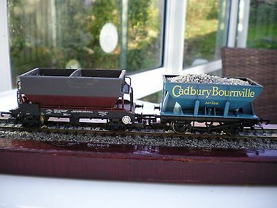 Two OO Gauge Hopper Wagons Mainline and Lima