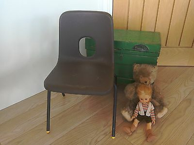 Retro Hille Robin Day plastic chair child stackable school brown & yellow feet