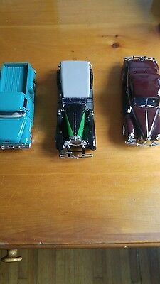 Set of 3 model cars