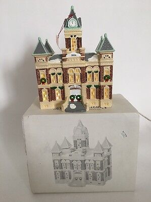 DEPT 56 Snow Village COUNTY COURTHOUSE MINT #51446 ORIGINAL BOX RETIRED