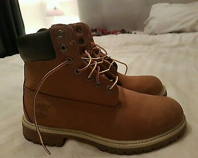 timberland 6 inch premium boots size 7.5 great condition