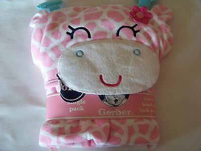 New Gerber New Born Baby Girl Terry Hooded Bath Wrap. Color Pink/White