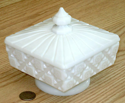 WESTMORELAND white milk glass OLD QUILT lidded pedestal candy dish compote #500