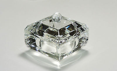 AVON  2015 President's Club Crystal Box NIB
