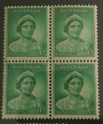 1937-39 KGVI  Definitive 1 d green block of 4  Mint  Hinged c14
