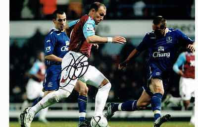 Dean Ashton signed West Ham Photo
