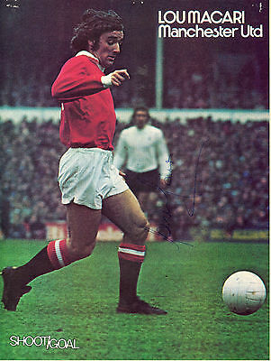 Lou Macari (Manchester United) signed (Ex- Shoot)(2)