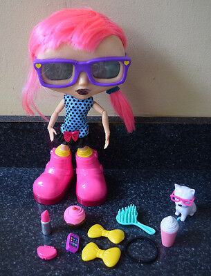 CHATSTERS Gabby Interactive Doll 2014 9 Accessories Age 5+