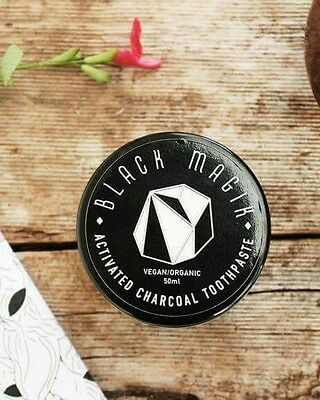 Natural Coconut Charcoal TOOTHPASTE - Healthy & Organic ( 2 Shades Whiter!)