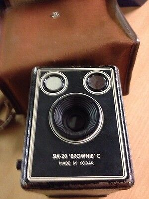 Vintage Six-20 Brownie C Camera And Case