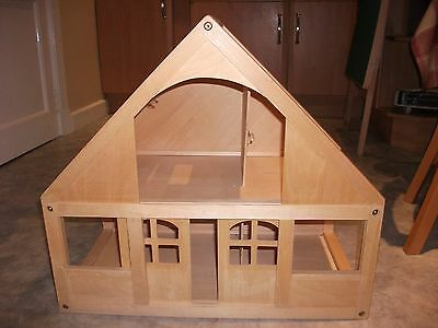 Excellent Condition Early Learning Centre Wooden Dolls House