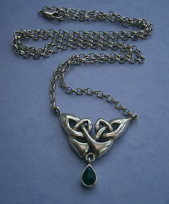 Nc652) Vintage 925 Sterling Silver Celtic Knot And Green Stone Pendant Necklace