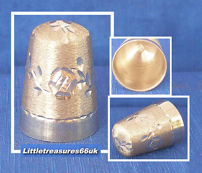 James Swann Hallmarked Silver Band Of Roses Thimble.....