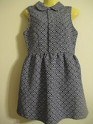 Cute Black and white dress size 10